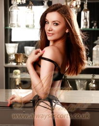 London Baker Street high class escort Stefania W1U